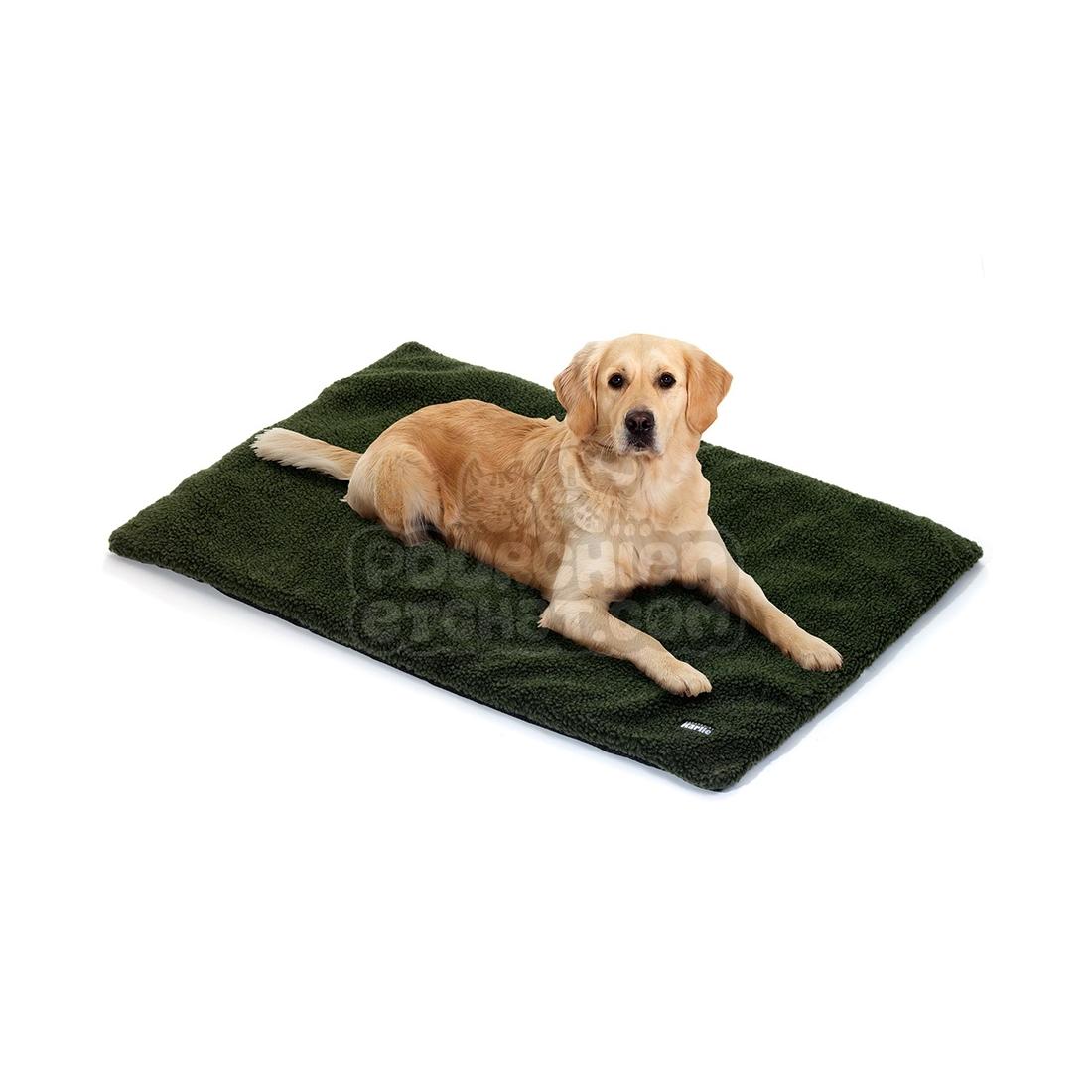 tapis pour chien fleecy. Black Bedroom Furniture Sets. Home Design Ideas